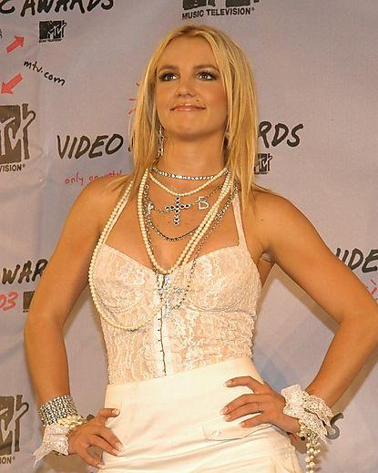 2003 MTV Video Music Awards - Pressroom