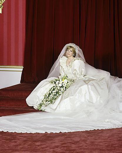Princess of Wales Wedding Sitting