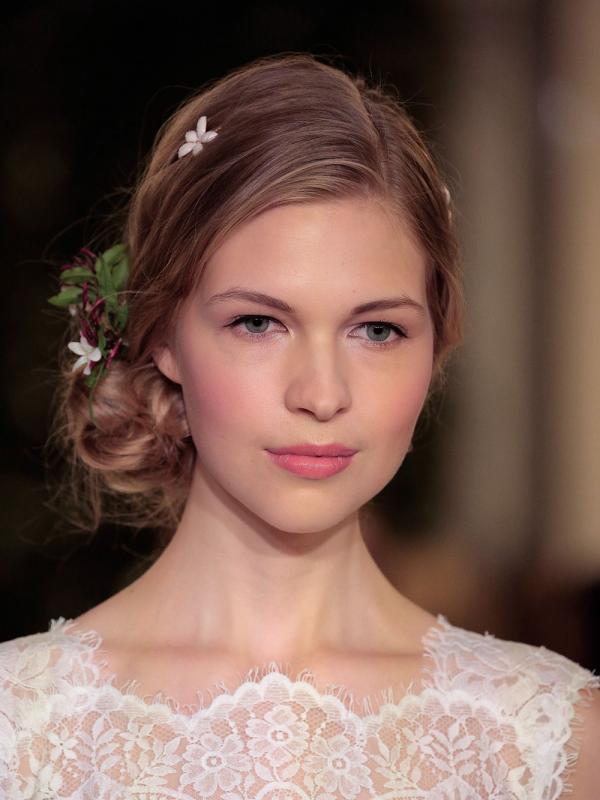 Carolina Herrera Hair Make-up Bridal 2016